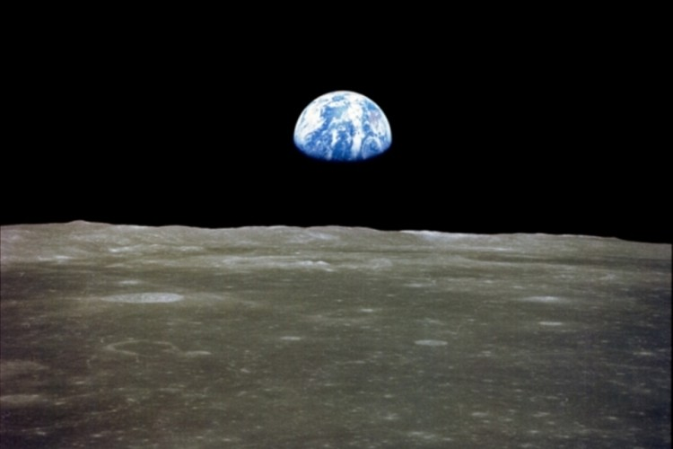 earth pic 1969