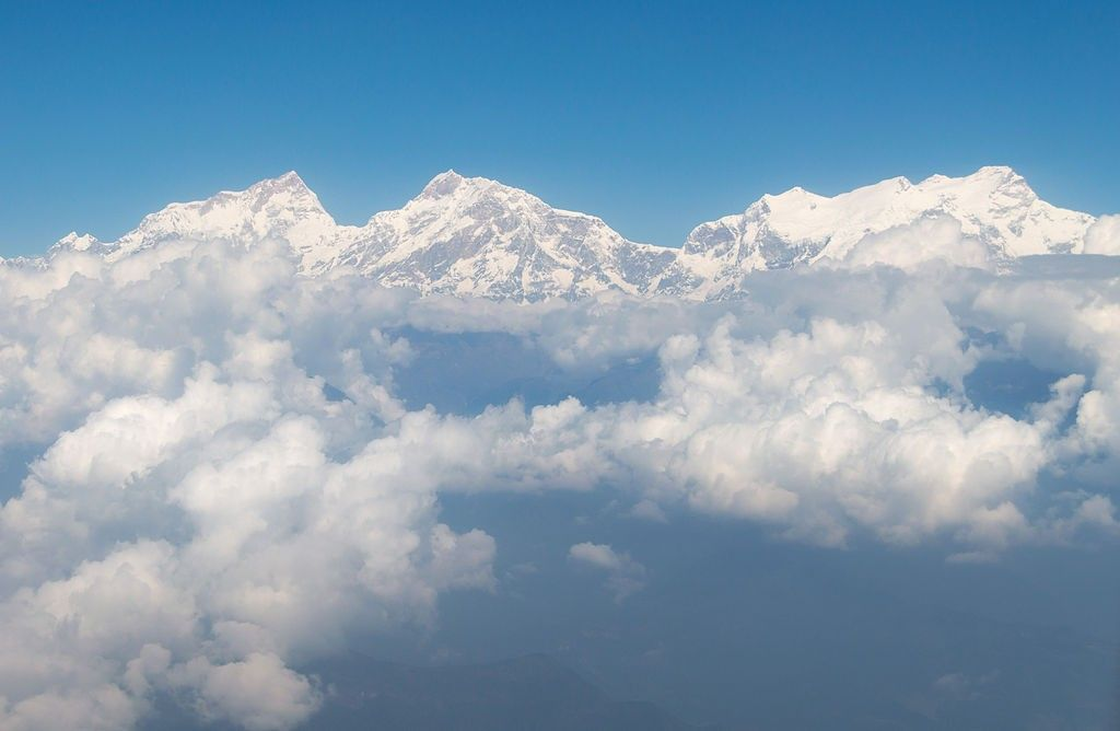 Manaslu_Himal_air_view